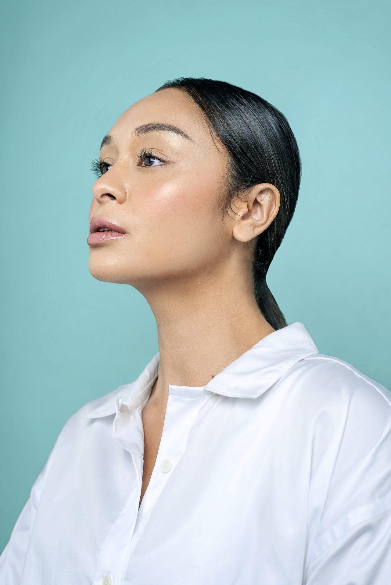 How to nail that no-makeup makeup look